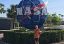 Williamson Visits Kennedy Space Center